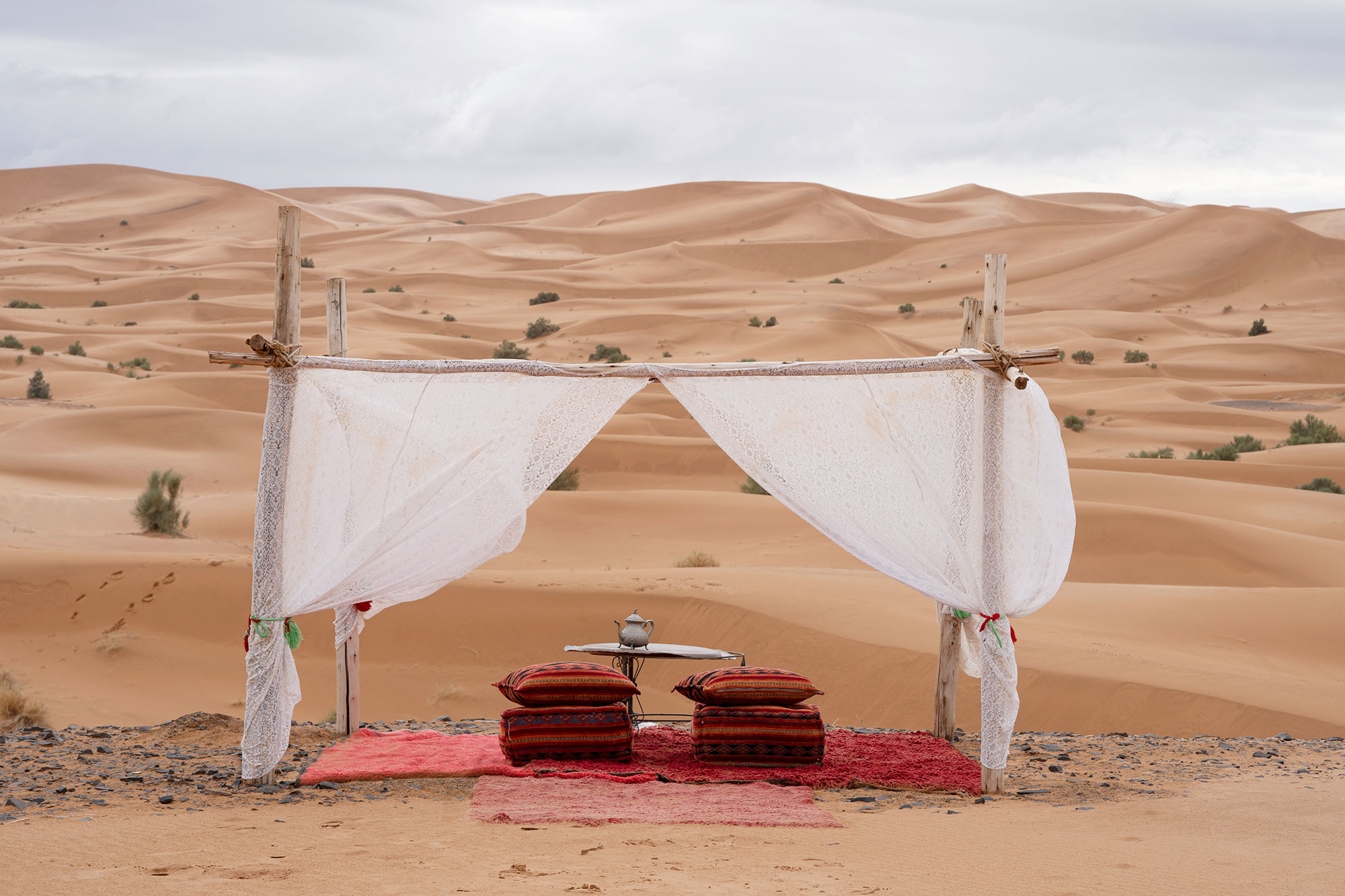 Tea service in the desert, Morocco